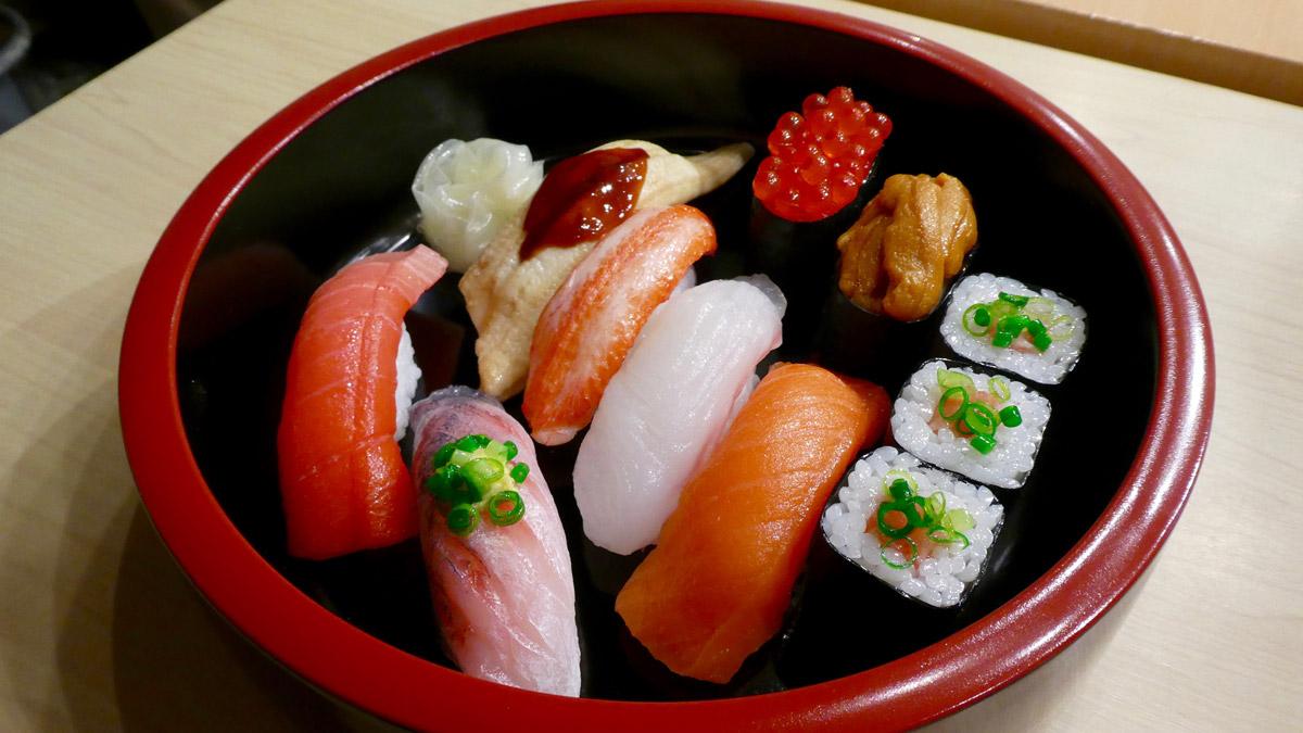 Fake Food Sushi. Sieht aus wie Echt. Foto IH