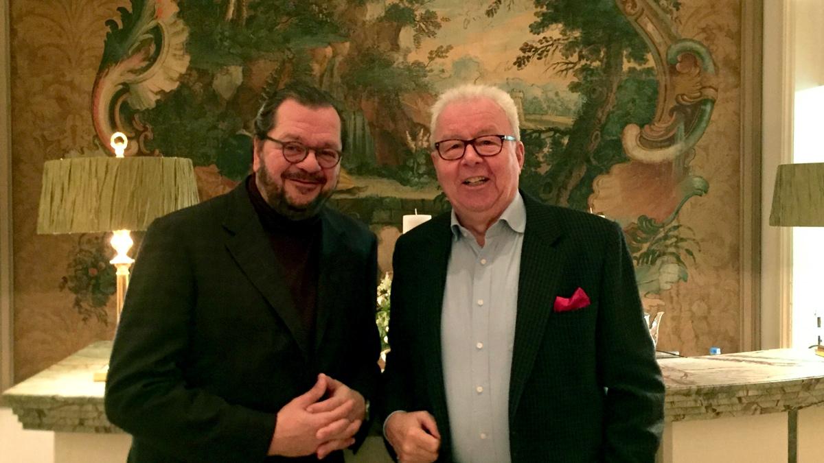 Königshof-Chef Carl Geisel (li.) und Gourmino-Express Autor Wolfgang Ritter. Foto WR
