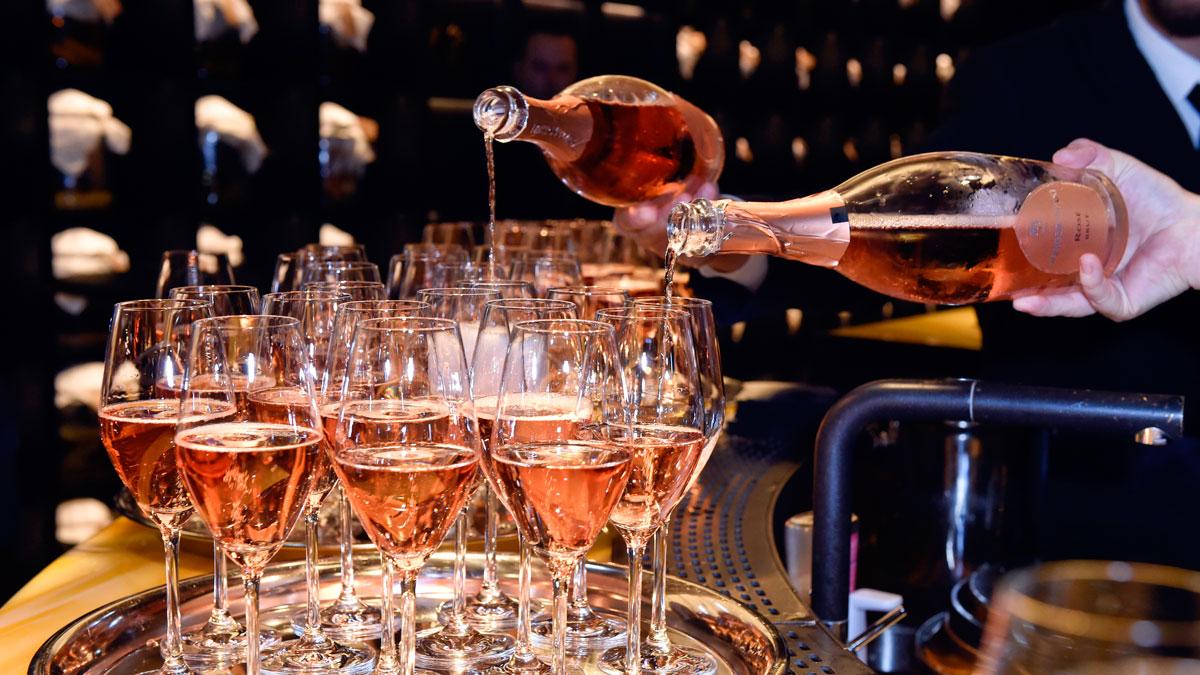 Rosé-Sekt von Menger-Krug sorgte für prickelnde Stimmung. Foto Sabine Brauer
