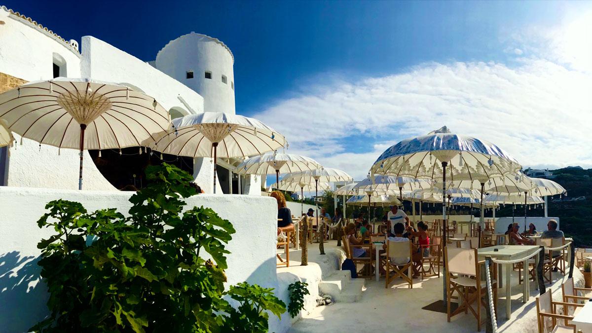Menorca Beachclubs. Foto Inna Hemme