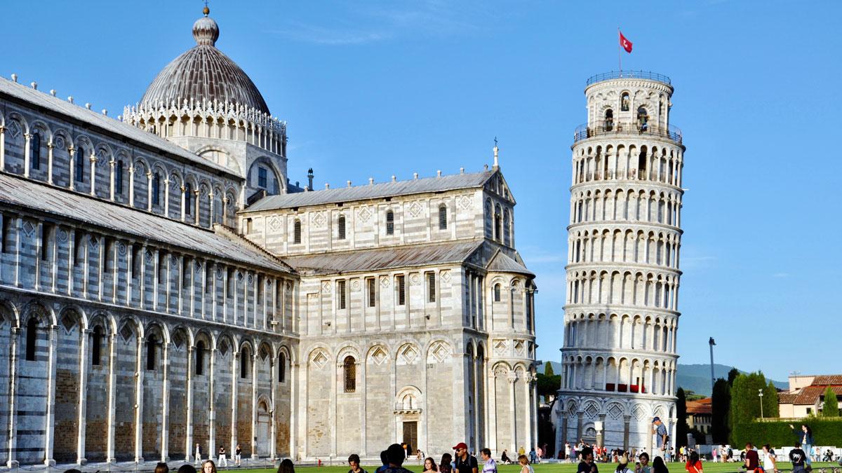 Pisa. Der Dom Santa Maria Assunta und der weltbekannte schiefe Turm (der wirklich ganz schön schief ist). Foto WR