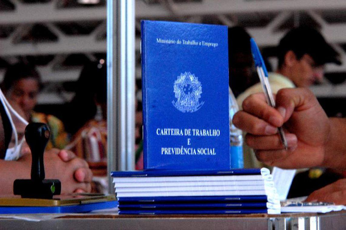 Desemprego diminui e Santa Catarina se consolida com o melhor índice do Brasil