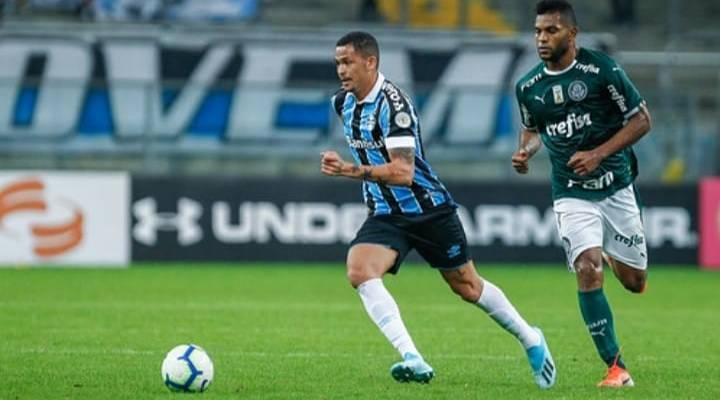 Libertadores: Grêmio vence Palmeiras por 2 a 1 e garante vaga na semifinal