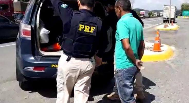 Homem procurado pela justiça de Sergipe é preso na BR 101 em Joinville