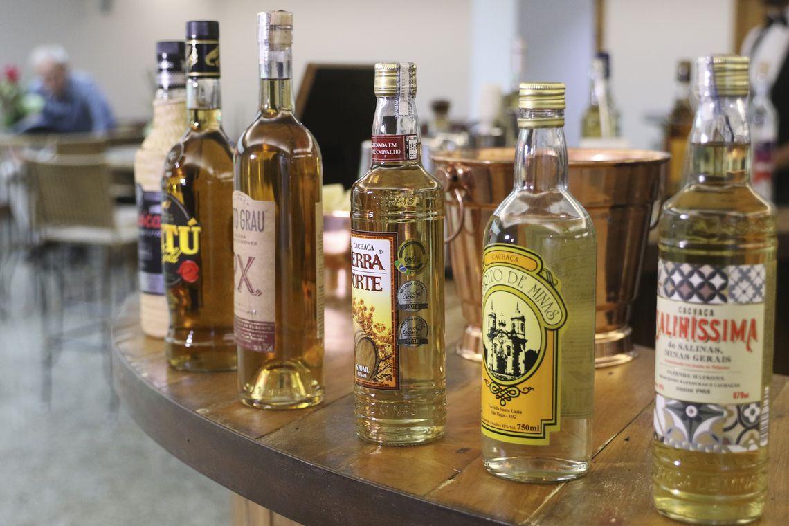 Hoje é o Dia da Cachaça – bebida genuinamente brasileira