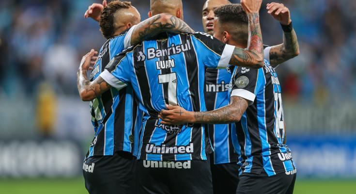 Grêmio atropela o Avaí por 6 a 1 em Porto Alegre
