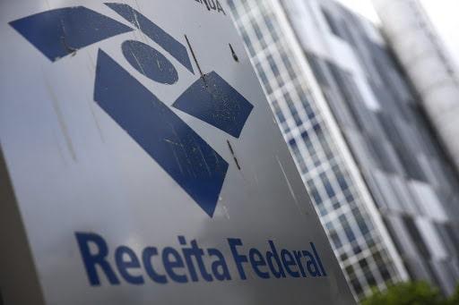 Receita Federal alerta para golpe que cobra imposto inexistente