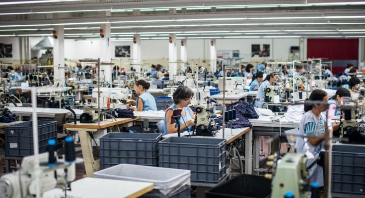 Setor têxtil tenta se reinventar para enfrentar a pandemia de covid-19