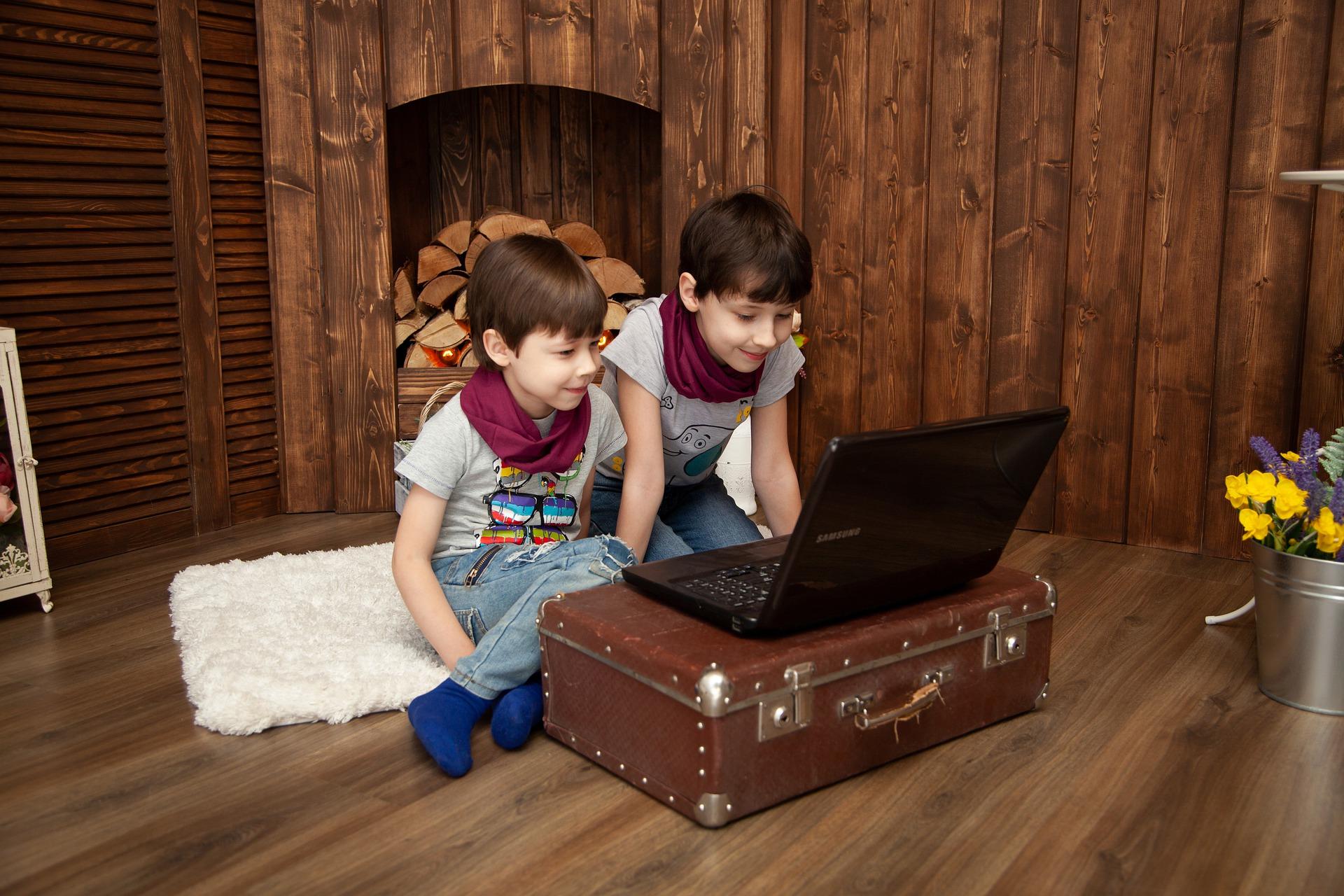 Δήμος Θεσσαλονίκης   Δημιουργική απασχόληση των παιδιών στο σπίτι