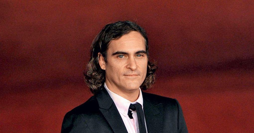 Joaquin Phoenix je netipični zvezdnik: Vegan, ki je bil v otroštvu pripadnik sekte