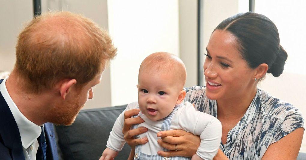 Princa Harry in William na ganljiv način čestitala princu Charlesu, fotografije ob katerih se boste stopili