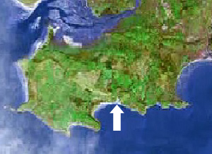 Location of Three Cliffs bay on the Gower peninsula, Swansea, Mumbles