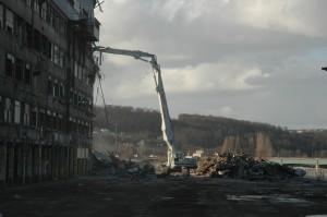 Démolition de l'usine Renault - Crédit : Brunel Démolition
