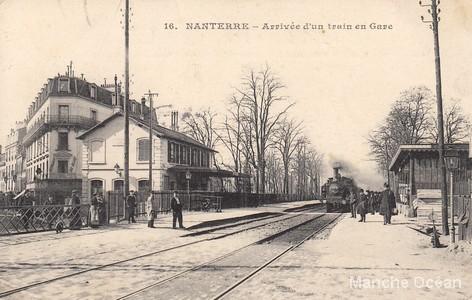Arrivée du train en gare de Nanterre
