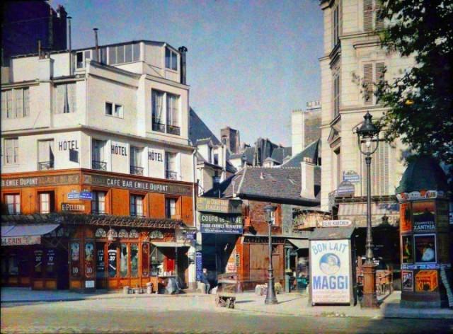 Angle Bd Beaumarchais et rue du Pas de la Mule