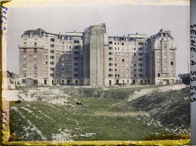 Démolition des fortifications et construction d'immeubles HBM à la porte d'Orléans en 1929 - Vue de la Rue Edmond Rousse par Stéphane Passet