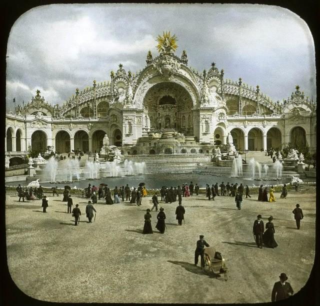 Palais de l'électricité pendant l'exposition universelle de 1900