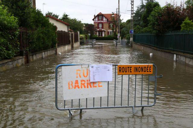 Rue Colette, le quartier est bouclé photo Philippe serieys