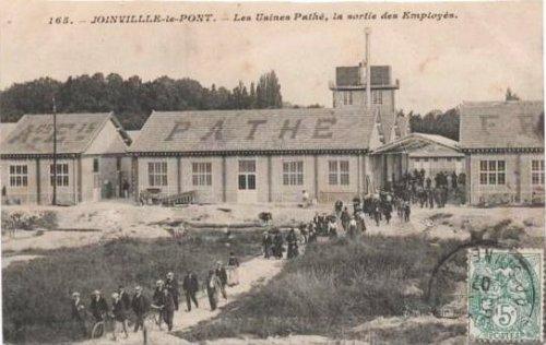 joinville-le-pont-les-usines-pathe-la-sortie-des-employes