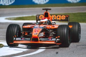 Verstappen tackles Imola in his Arrows-Asiatech. He only scored one point in 2001.