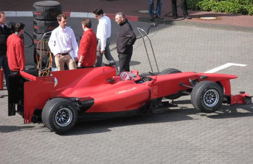 Hiring Kazuki Nakajima, Stefan carried out their first tests in the Toyota Motorsport parking lot.
