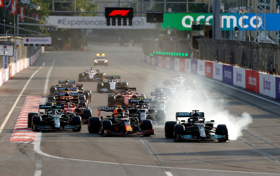 Lewis Hamilton locks up on the restart, in a driver-induced mistake we haven't seen of him in a long time. Photography:Jiri Krenek