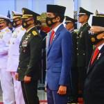Jokowi: Perwira TNI dan Polri Harus Ikut Berpartisipasi Memutus Mata Rantai Covid-19 di Indonesia