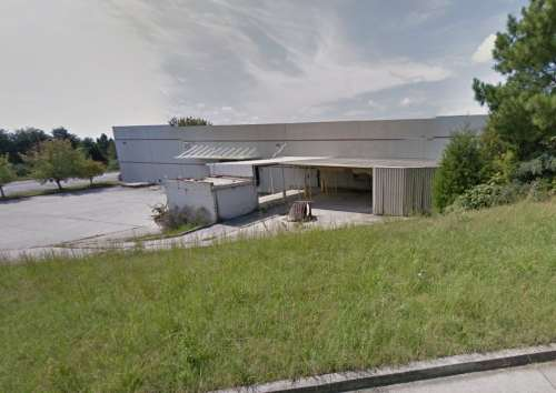 1821 Midpark Rd., where the new Hicks Plastics facility will be housed