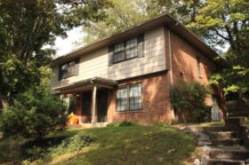 SOLD: Terrfic Duplex in a Culdesac