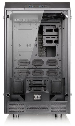 Thermaltake TOWER 900 eATX case interior