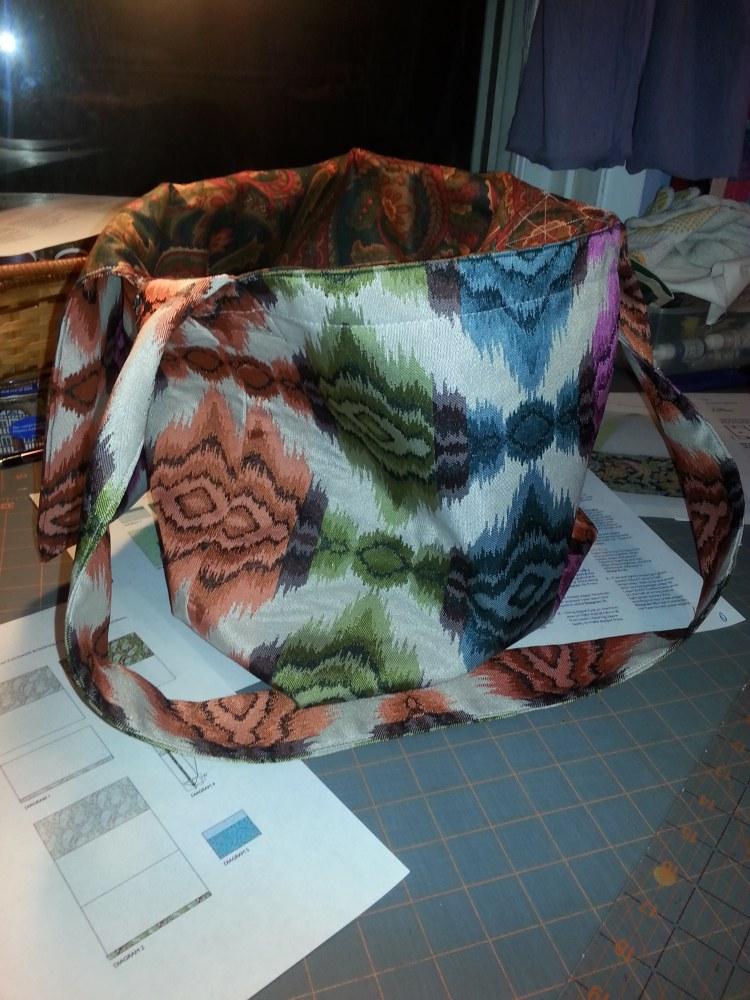 Tada .. Messenger Bag done (2/5)