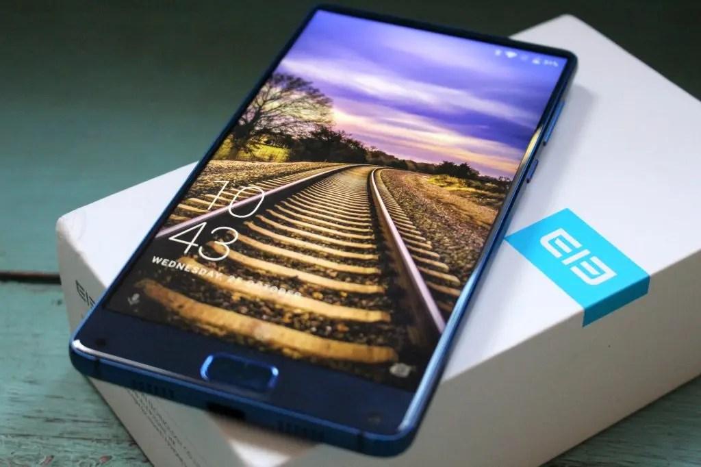 Banggood: σημερινά κουπόνια για Xiaomi, Redmi, Elephone, Mi Band 3! Βιαστείτε!