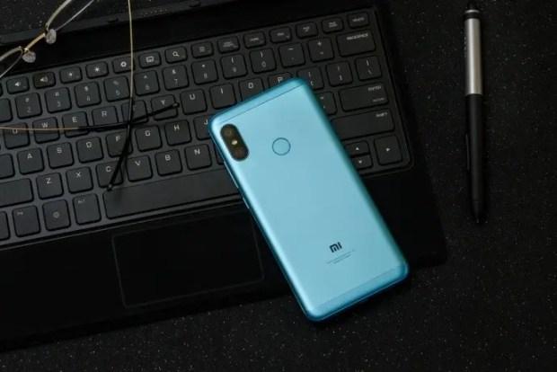 Xiaomi-Redmi-6-Pro-Lake-Blue-5