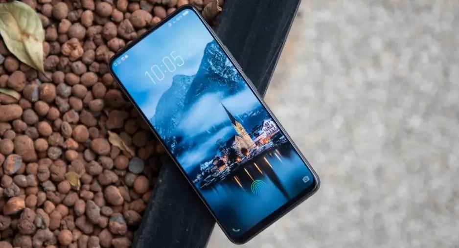 Gearbest: δυνατά flash sales σε Xiaomi Mi 8, Vivo Nex, LeEco, BlackShark - χωρίς τελωνείο!