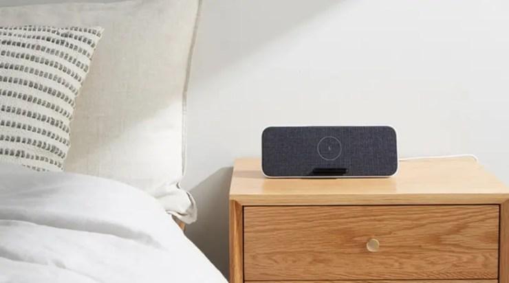 Xiaomi wireless charger Bluetooth speaker