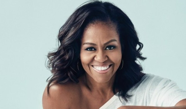 """The Michelle Obama Podcast"": Η πρώην Πρώτη Κυρία μιλάει για τον ρατσισμό που βίωσε"