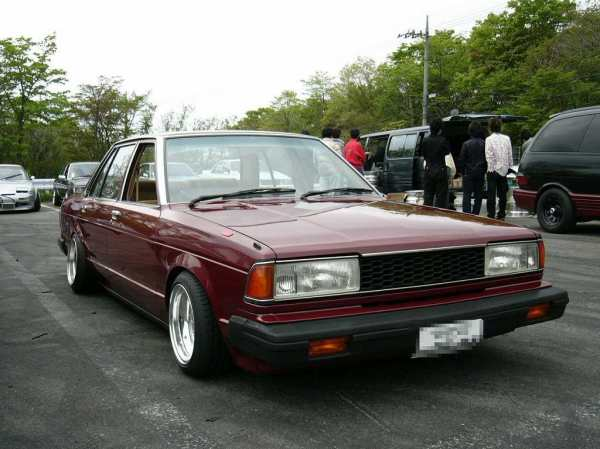 View of Nissan Bluebird 910. Photos, video, features and ...