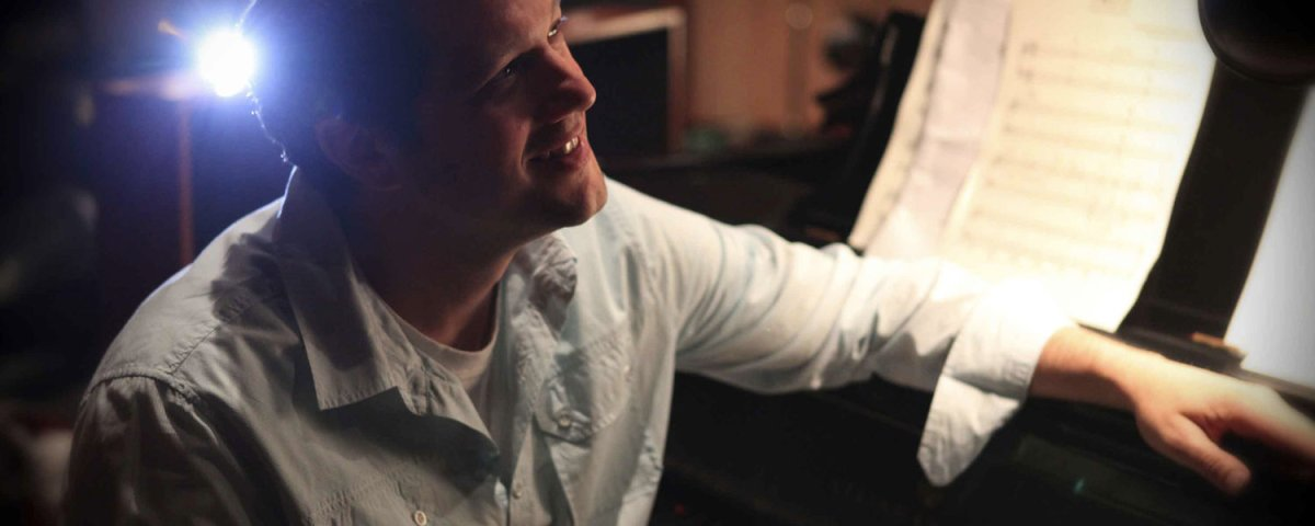 michael-giacchino-takes-over-scoring-duties-on-rogue-one-a-star-wars-story-social.jpg