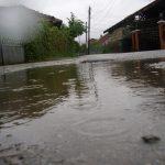 Киша и даље пада, ниво воде у рекама у благом порасту