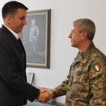Састанак Бранимира Стојановића са новим командантом КФОР-a