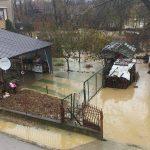 У Доњој Брњици поплављено близу 20 домаћинстава