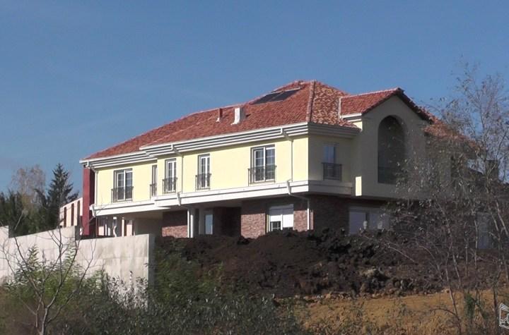 Жута кућа у Чаглавици