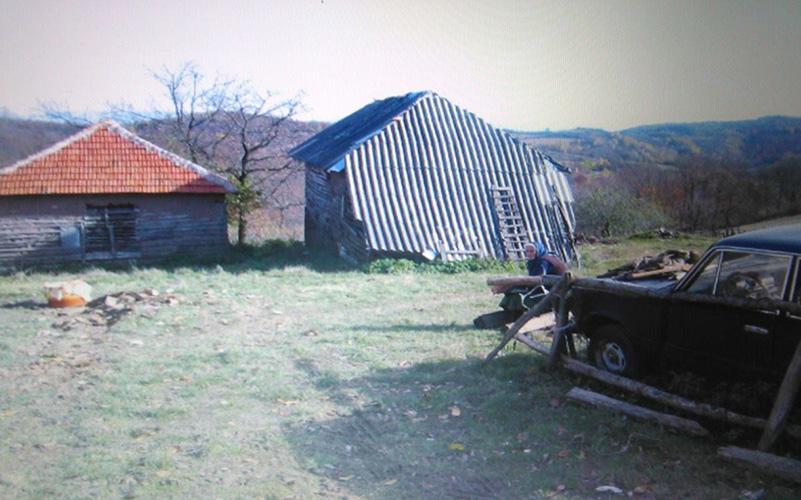 Срби и Руси пуштени из притвора.