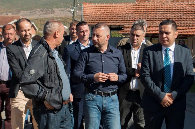 И поред свих недаћа, Срби опстају у Великој Хочи и Ораховцу