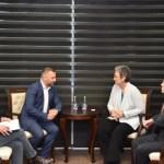 Јевтић, Луначек и Шолтес о положају невећинских заједница