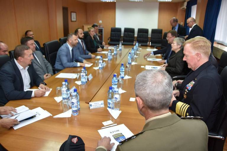 Predstavnici kosovskih Srba sa delegacijom NATO-a o bezbednosti na Kosovu