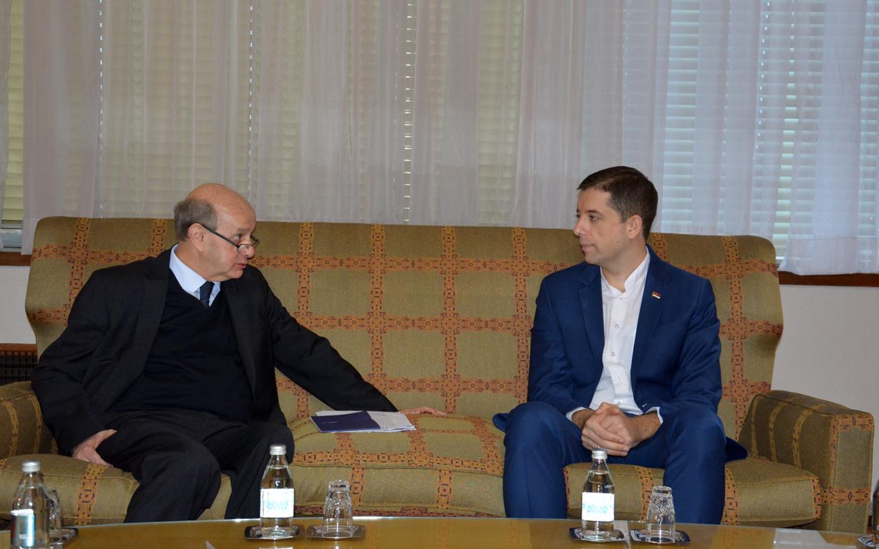 Đurić Peišotu: Dijalog za dugoročnu stabilizaciju prilika u regionu