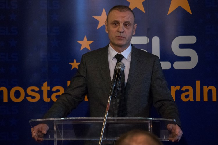 С. Петровић: Нека нам дух Божића да снаге да се изборимо са свим изазовима