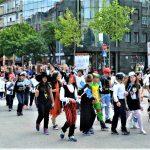 Деца из Сувог Дола и Лапљег Села на Ђурђевданском карнвевалу у Крагујевцу