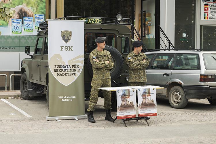 Volfgang Petrič protiv vojske Kosova